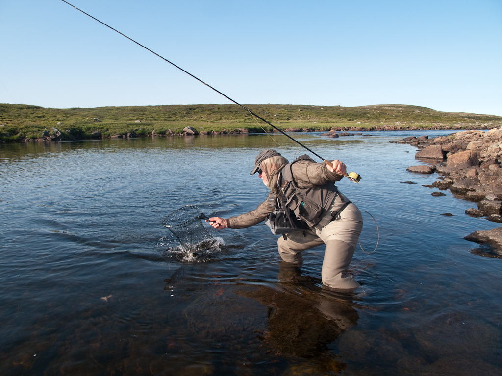 Edvard netting a nice trout.